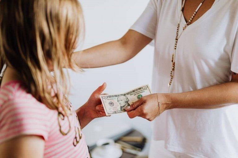 Децата и парите. Kак да научим децата, да боравят правилно с парите